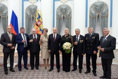 1 мая 2014 года. Пяти выдающимся согражданам вручены золотые медали «Герой Труда Российской Федерации»